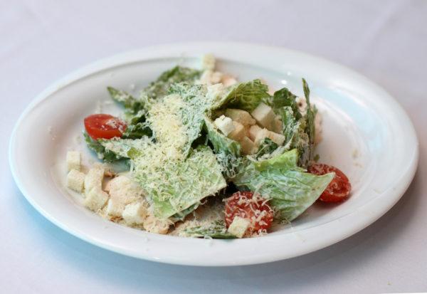 salat-cezar-s-cyplenkom